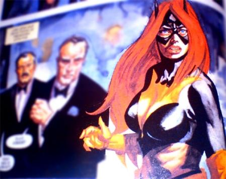 Batgirl e suas duas maiores armas... a insignia e a coragem claro!